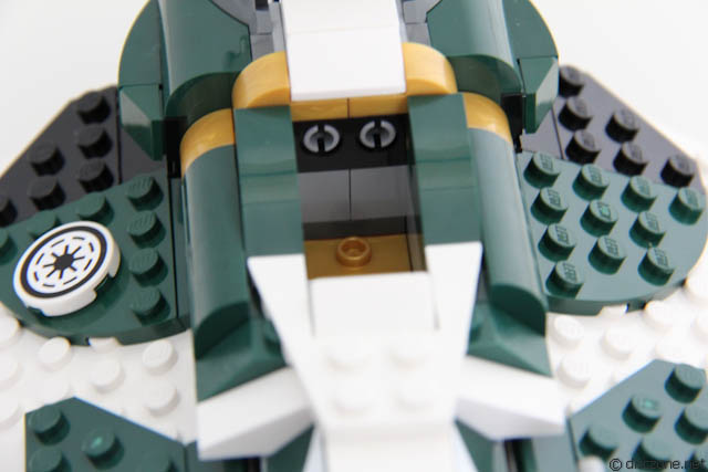 Review of 9498 LEGO Star War Saesee Tiin's Starfighter IMG_7038