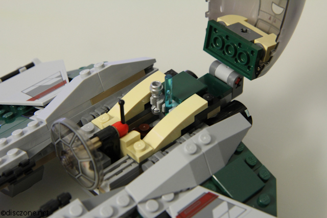 9494 Anakin's Jedi Interceptor - Light Sabra Storage