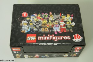 8833 Minifigures Series 8 - Box