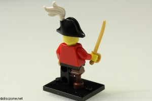 8833 Minifigures Series 8 - Pirate Captain