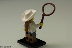 8833 Minifigures Series 8 - Cowgirl