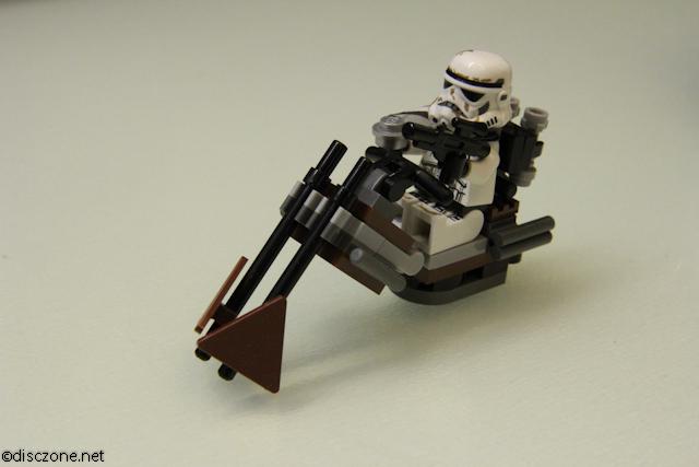 9490 Droid Escape - Swoop Bike 1