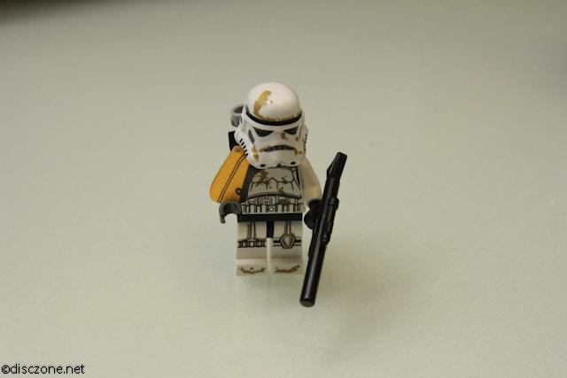 9490 Droid Escape - SandTrooper 1