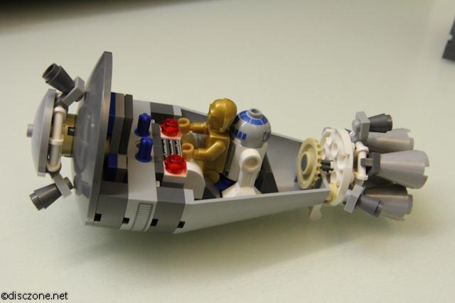 9490 Droid Escape - Inside Escape Pod 2