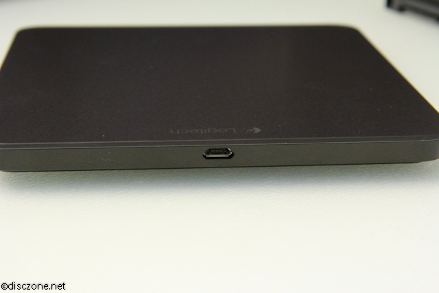 Logitech T650 Touchpad - Touchpad Charging