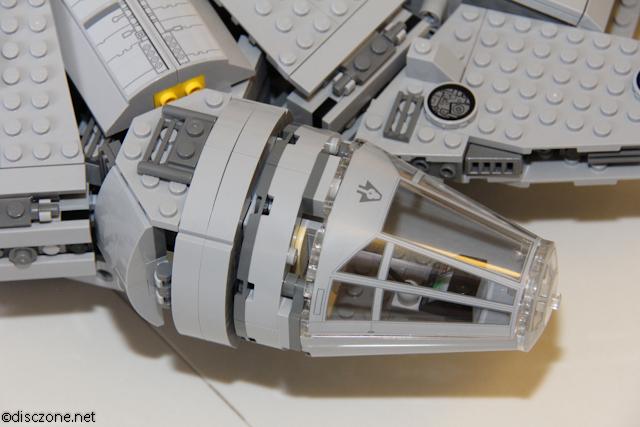 7965 Millennium Falcon - Pilot Cockpit