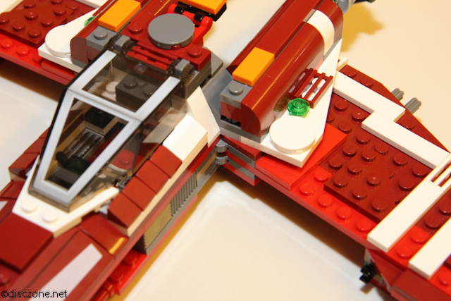 9497 Republic Striker-class Starfighter - Hinges