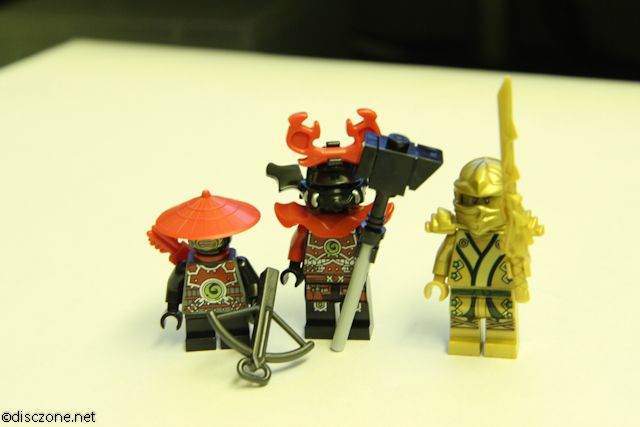70503 The Golden Dragon - MiniFigures