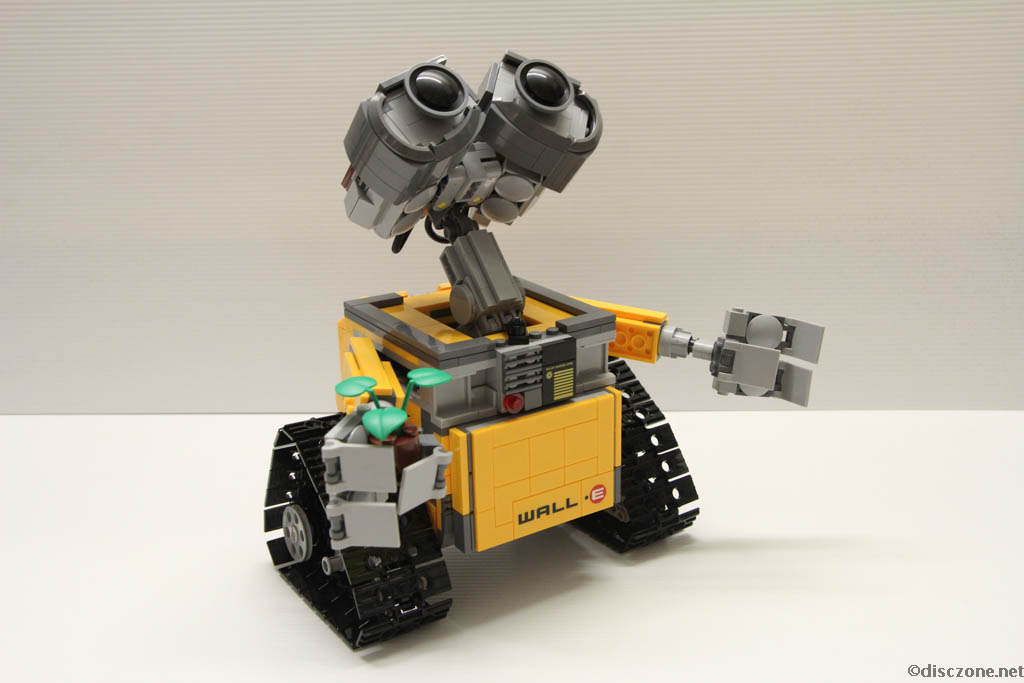 Lego Ideas 21303 Wall-E - Completed 7