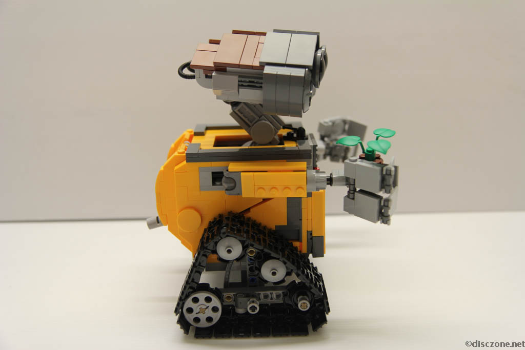 Lego Ideas 21303 Wall-E - Completed Side