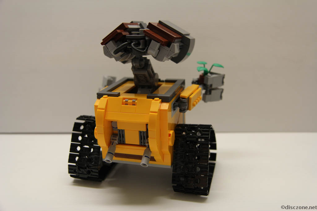 Lego Ideas 21303 Wall-E - Completed Rear