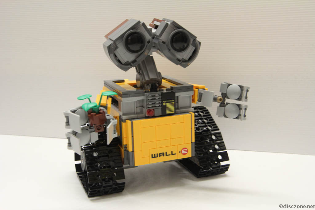 Lego Ideas 21303 Wall-E - Completed 6