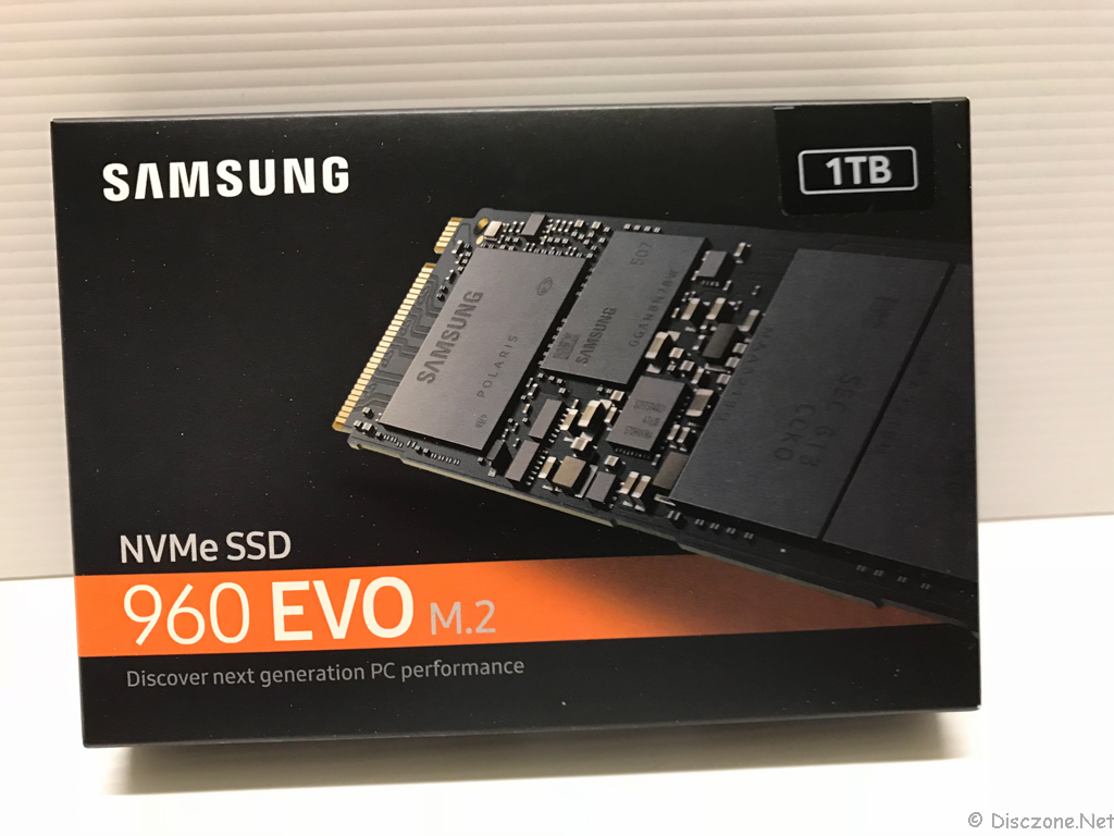 DS918 Review - Samsung NVMe SSD Box Front