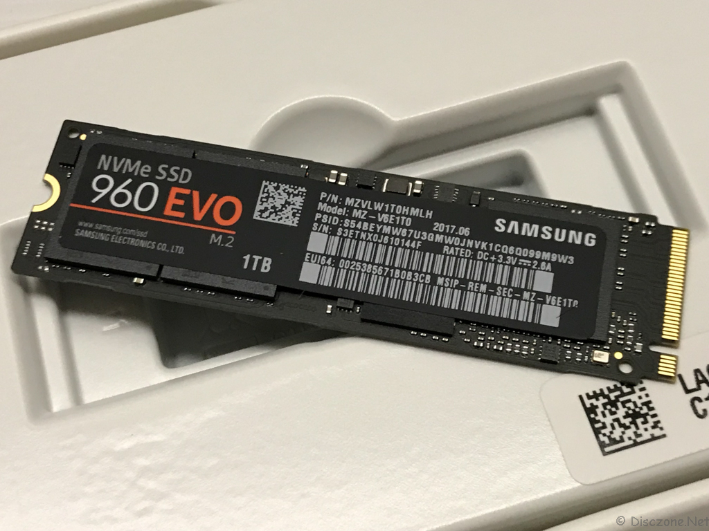 DS918 Review - Samsung NVMe SSD Front