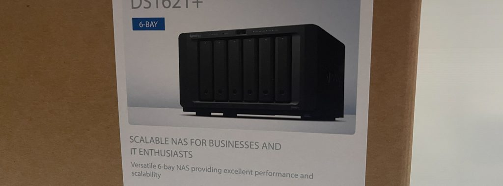 Synology DS1621+ : Box 1